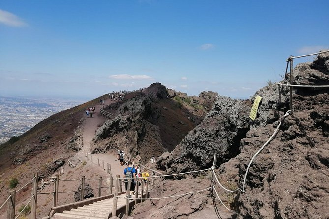 Skip-the-Line Pompeii & Volcano Vesuvius Day Tour w Hotel or Port Pickup, Pompeya, ITALY