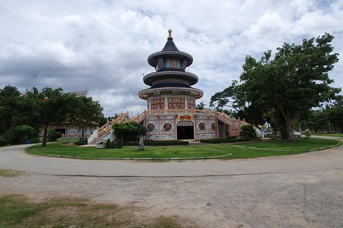 1h30 E-xperience City & Temples Trip, Kanchanaburi, TAILANDIA