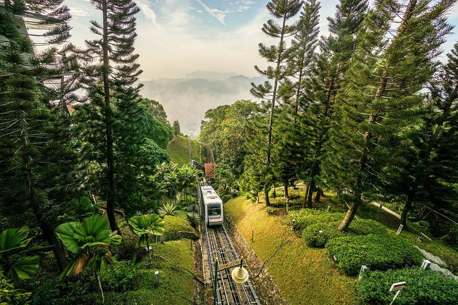 A rare experience to dine at Colonial Penang Hill, Malaysia's first hill station accessible by the unique funicular railway system. Take a stroll at the summit, feel the cool and refreshing air before enjoying a sumptuous set dinner at the cosy David Brown's Restaurant, with the bird's eye night view of George Town, Penang Bridge and part of the mainland in sight.
