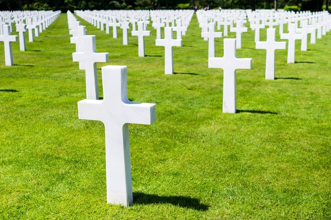 Small-Group Normandy D-Day Beaches Day Trip with Omaha Beach, American Cemetery and Cider Tasting, Paris, França