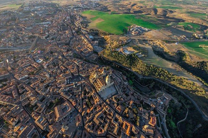 Segovia Hot Air Ballon & City Tour with Suckling Pig Lunch, Madrid, ESPAÑA