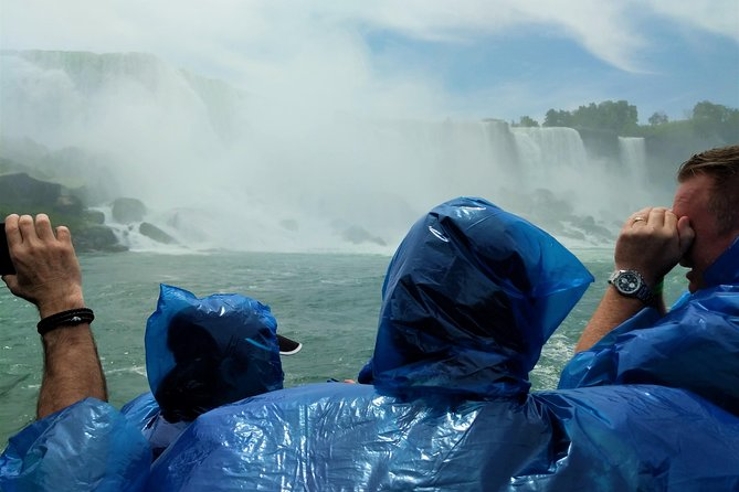 Don't let the border stop you from experiencing all of Niagara Falls' glory! On this deluxe 6-hour tour, visit top Niagara Falls attractions on both the Ontario side and the New York side. Take a ride on the famous 'Maid of the Mist' boat, view the falls from atop Skylon Tower, feel the falls' thunder at the Cave of the Winds and much more. All attraction fees, admission fees, hotel transfers and road tolls are included!