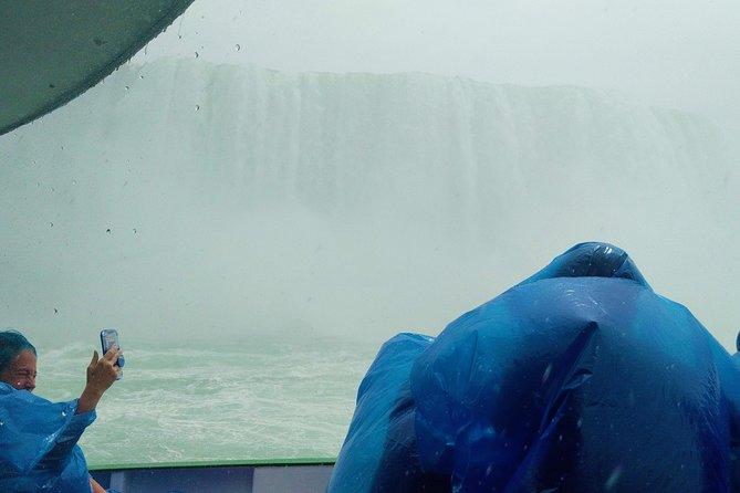 Niagara Falls Canadian Side Tour and Maid of the Mist Boat Ride, Cataratas del Niagara, CANADA