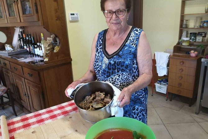Abruzzo Traditional Pasta Making with 83y old local Grandma, Pescara, ITALY
