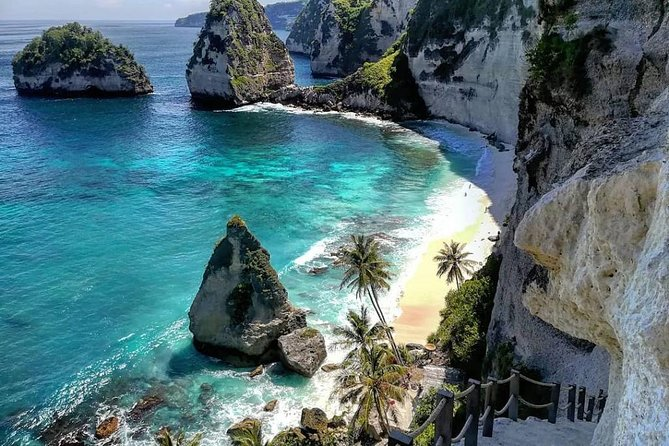 This tour is perfect for travellers who want to see the east side of Nusa Penida. It's designed to go to famous places in the east of Penida Island. The boat will leave from a Jetty in Denpasar so a chance you will get wet will be small.<br><br>This tour will start with complimentary pick up from your hotel, then you will get dropped off at the harbour. A welcome drink of coffee/tea will be given upon arrival. Then you will board the boat to Nusa Penida. The trip takes about 45 minutes. And our driver will be waiting at the harbour in Nusa Penida. <br><br>You will visit Atuh Beach, Diamond Beach, Tree House and Giri Putri Cave Temple. Lunch will be at a restaurant in between sight seeing. Then you will get dropped off back to the harbour. Another 45 minutes boat ride and your driver will drop you to your hotel.
