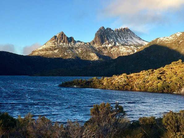 Waldheim Chalet<br>Dove Lake<br>Cradle Mountain<br>Professional Guides<br>Great all weather transport<br>Local wildlife