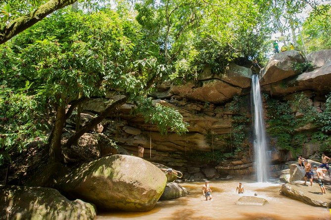 In this journey we will visit the 'Talliquihui waterfall' and enjoy rappeling in the natural beauty. The descent is 15 meters. Rappel dry or take a walk on the wilder side and get wet rappeling through the water vial.