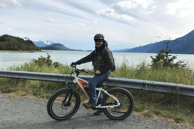"""Ebikes are the new """"in"""" for getting around in style and comfort. The bikes have an amazing electric motor that optimizes the riders ability to bike up hills without burning your legs out. See Haines and area at your pace. Stop to take photos, bring a lunch, venture out on your own."""