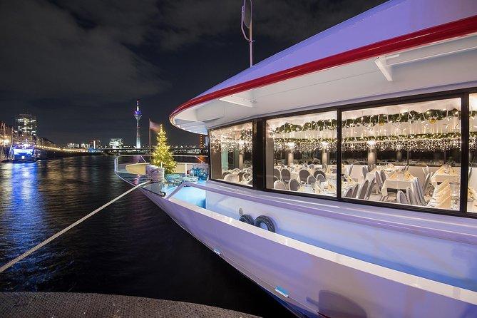 Crucero con cena de Navidad por el Rin en Dusseldorf, ,
