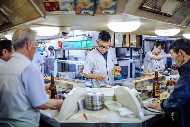 Eat and drink like a local in Kansai Osaka: private & personalized, Osaka, JAPON