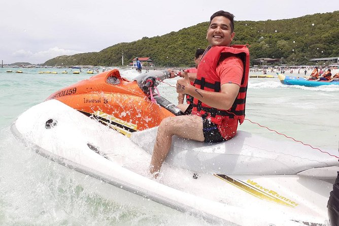 Coral Island is a thrilling place to visit in speed boat along with your transfers included in an air condition vehicle to KOH LARN BEACH..<br>(No THAI NAtional Allowed in same price)