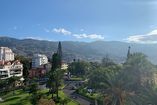 Madeira Airport Round Trip Shuttle Transfers Service, Funchal, PORTUGAL