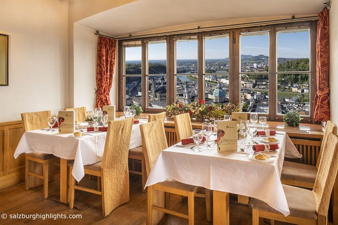 Mozart Concert and Dinner or VIP Dinner at Fortress Salzburg with River Cruise, Salzburgo, AUSTRIA