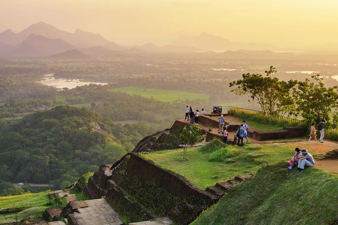 Sigiriya Village and Rock Fortress Private Tour, Sigiriya, SRI LANKA