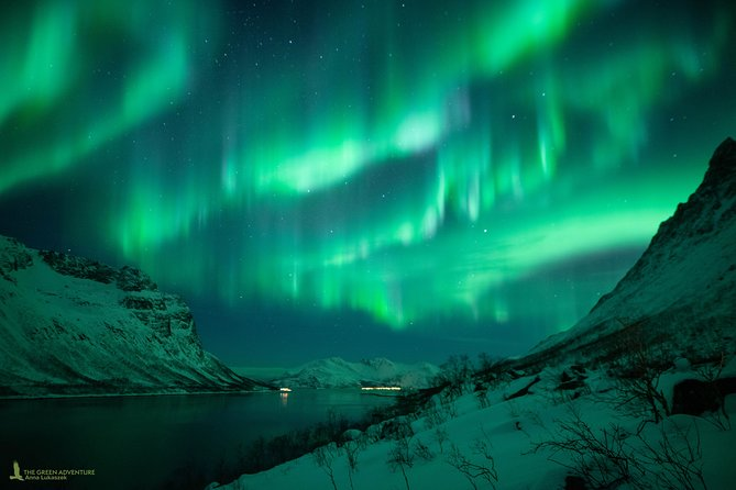 MAIS FOTOS, Private Northern Lights Chase with Campfire