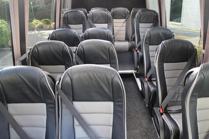 Southampton Private Minibus Transfer to Heathrow Airport or London, Southampton, ENGLAND