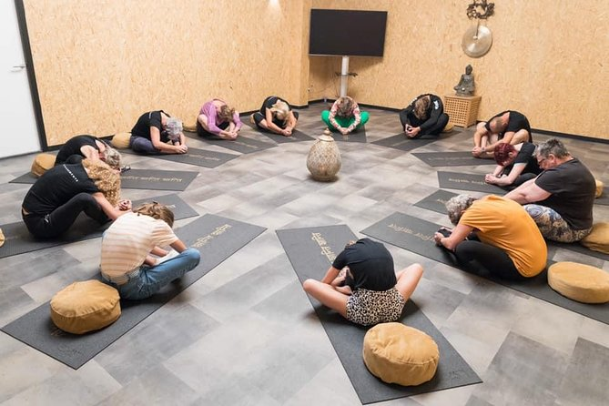 Essential Movements is a center for complementary and holistic health where people as a whole are central. Both your body and mind get full attention. <br>The word ' Experience' is central to Par'Course and it fits them perfectly .
