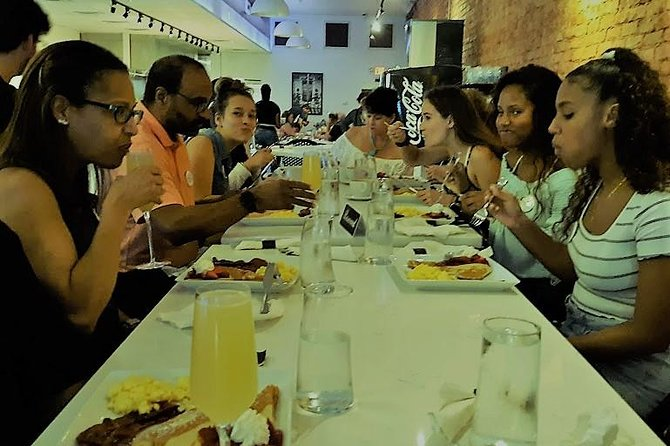 Small-Group Walking Tour in Greenville with Breakfast, Greenville, SC, ESTADOS UNIDOS
