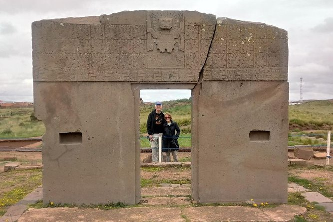 Uncover the ancient mysteries of Tiwanaku and the natural beauty of Lake Titicaca, the world's highest lake, on a full day trip from La Paz.<br>- Enjoy a one-day visit to the ruins of Tihuanacu and Lake Titicaca.<br>- Lunch and round-trip transport from your Hotel in La Paz are included.<br>- Absorb the natural beauty of Lake Titicaca, the world's highest lake<br>- Stop at cultural points of interest surrounding of the Tihuanacu Ruins.