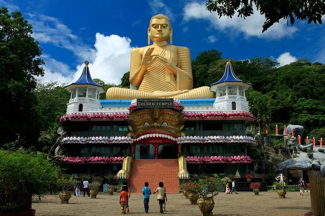 2 Days Trip to Kandy & Sigiriya from Galle, Galle, SRI LANKA