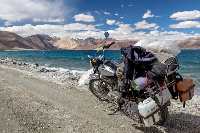 this tour is one of the best & adventurous tour of Himalayas.where you can enjoy riding bike on meandering roads of the Kullu ,stunning scenery as the roads are pretty tricky,Rohtang Pass, positioned at an altitude of 3798 m,the world's highest mountain pass, Tanglang-La Pass (5300 m). & Khardong la world highest motarable road (18380) and many more.Enjoy the amazing and exciting experience.