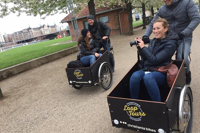 Cargo Bikes and the Science of Happiness (Small Group, Winter Edition), Copenhague, DINAMARCA