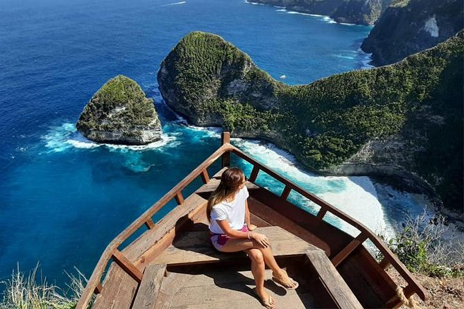We manage a full day private tour for anyone who has limited time to explore the magical island of Nusa Penida.    <br><br>Visit the most beautiful nature in the island of Nusa Penida such as Kelingking Beach, Broken Beach, Angels Billabong & Crystal Bay Beach. <br><br>The tour is about beautiful nature, the best for Instagram-mable and based on private tour to give you the best experience.<br><br>Please note, the road in Nusa Penida is bumpy and most of the spots that will be visited are often crowded.
