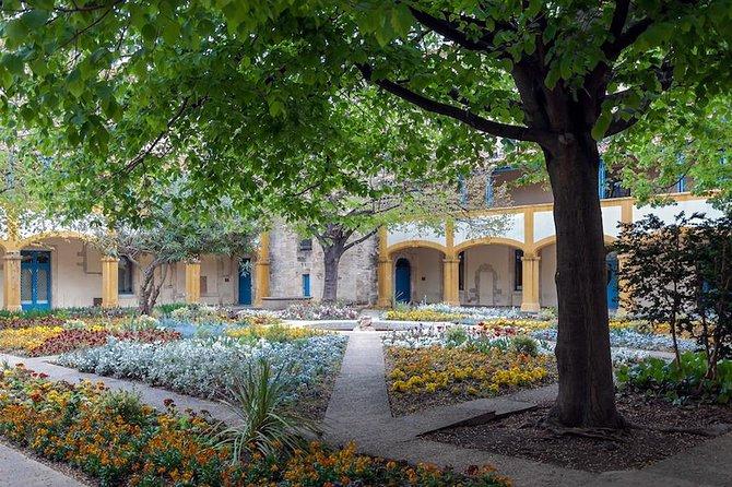 Arles & Les Baux de Provence Tour, Toulon, FRANCIA