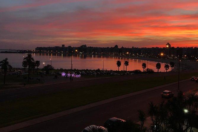 Descubre Montevideo con un local! (Tour Privado), Montevideo, URUGUAY