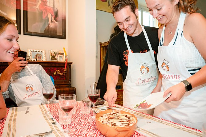 Small Group Market tour and Dining Experience at a Cesarina's home in Trieste, Trieste, ITALIA