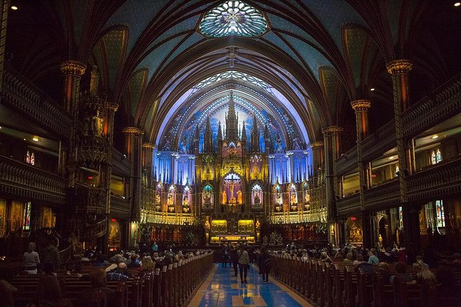 Old Montreal Walking Tour + Notre-Dame Basilica (Small Group / Winter Edition), Montreal, CANADA
