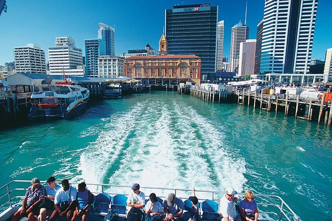 There's so much to see in the heart of New Zealand's largest city that it's hard to know where to start. This half-day tour fits in as much as possible, visiting fantastic vista points, beautiful beaches, atmospheric neighborhoods, and the downtown shopping areas. <br><br>Choose from morning or afternoon tour/activity.<br><br>Please bring your cameras ready for taking photos and videos.<br><br>Includes:<br>Attraction Tickets Included<br>Pickup and drop off in Auckland central<br>Transport by air conditioned private deluxe van<br>Hotel pick up is offered (inner city hotels only)<br>Free Wifi on deluxe van.<br>Supplementary of drinks and snacks on board<br>Friendly driver,local, and experience Tour Guide<br>Private Transportation<br><br>Additional Informations:<br>Confirmation will be received at time of booking.<br>Travelling children must be accompanied by adults. <br>Private Tour/ Small Group Tour. This tour/activity will have a maximum of 6 travelers.<br><br>Duration:<br>4 to 4.5 (approximately)<br>