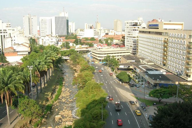Arrival Private Transfer from Cali Airport CLO to Cali City by Minivan, Cali, COLOMBIA