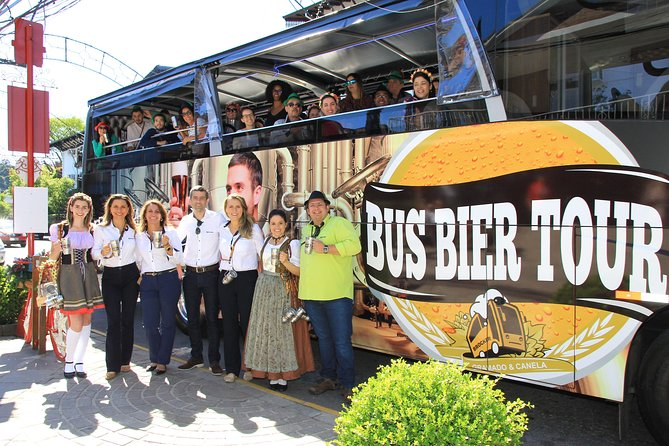 On this tour you will dive into the Craft Beer universe aboard Bus Beer, an amazing themed bus. In Gramado, we will visit the GramBier, Rasen Bier and Ambarina Breweries. At Rasen and Ambarina there will be guided tours and you can see the entire brewing process and curiosities of each brewery. You will know the inputs, the machinery and the entire brewing process until it reaches your glass. You will enjoy different styles of draft beer during the tour.