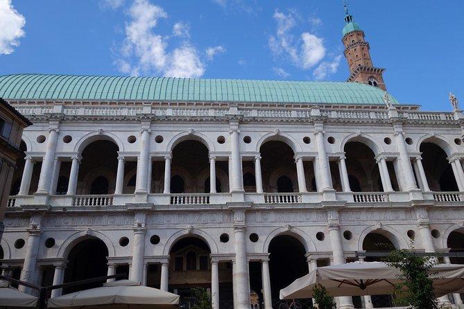 Vicenza: private walking tour with Teatro Olimpico, Vicenza, Itália