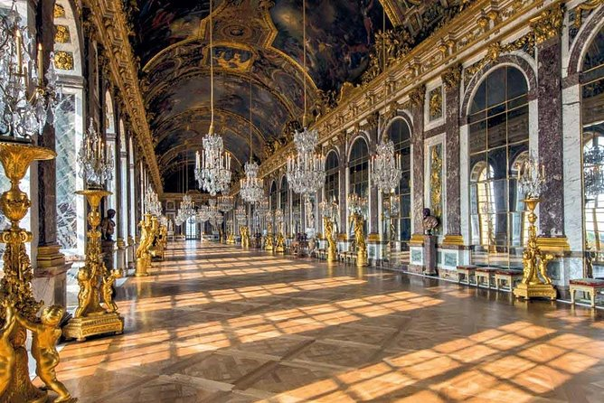 Skip-the-Line Versailles Palace Family 5-hour Discovery from Paris, Paris, França