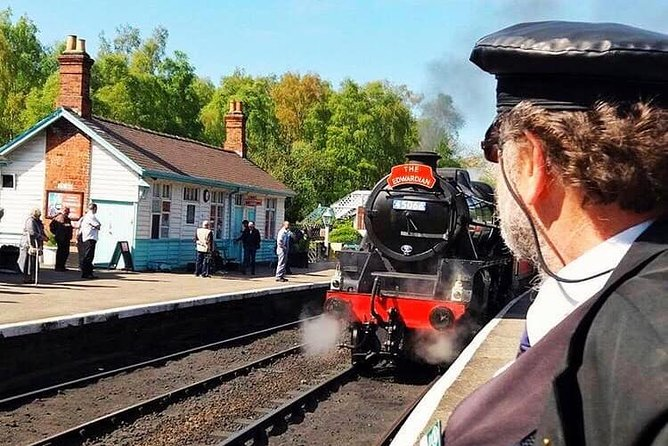 This small-group Guided Day Trip from York provides the opportunity to explore the scenic and picturesque North York Moors National Park, enjoy more than two hours in the seaside town of Whitby and take a Steam Train ride on the North Yorkshire Moors Railway! You will also experience the traditional English moorland villages of Hutton-le-Hole and Goathland (Heartbeat and Harry Potter filming location) and travel back to York through the Howardian Hills, passing by Castle Howard. In Whitby, you will be able to see Whitby Abbey (inspiration for the Dracula books), visit the Captain Cook Attractions, shop for some Whitby Jet or Gothic Fashion, sample Fish & Chips from the famous Magpie Café or just enjoy the bustling port and waterfront – the choice is yours! Enjoy personal attention from your guide on this small-group mini-coach tour, limited to 16 people.