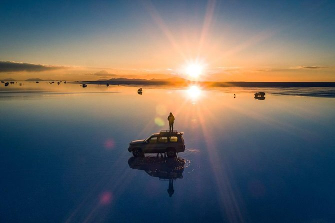 Uyuni Salt With Drone + Sunset / Private Service / English speaking guide, Uyuni, BOLIVIA