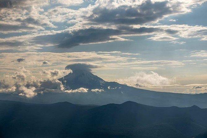 1 Hour Private Mount Hood & Columbia Gorge Air Tour for 3, Portland, OR, ESTADOS UNIDOS