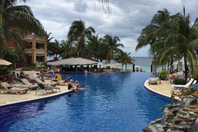 Shore Excursion: Infinity Bay Beach Resort All-Inclusive Day Pass, Roatan, HONDURAS