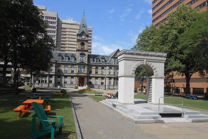 Are you planning a visit to Halifax, Nova Scotia? Our Tourist Scavenger Hunt will take you from the public gardens to Halifax Harbor and its museums, by way of the Citadel!<br><br>You will have to solve challenges at every stop along the way to discover your next destination. At each step, you will learn a little history as well as interesting facts about what surrounds you.