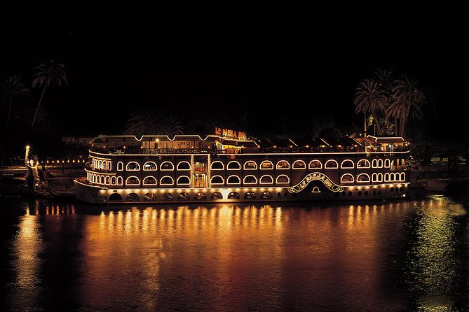 Crucero con cena por el Nilo en El Cairo con espectáculo de danza del vientre y traslado al hotel, El Cairo, EGIPTO