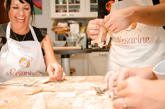 Share your Pasta Love: Small group Pasta and Tiramisu class in Lake Garda, Brescia, Itália
