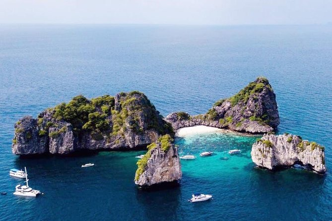 Koh Ha + Rok<br><br>Boat Type: Speed Boat<br><br>Koh Rok: Well known for its powdery white sands, crystal clear waters, abundance of colorful marine life and still only a small number of tourists visiting at any one time. Relax, unwind on Rok Island and snorkel directly on the beachfront or venture further out and to different points of the island on the boat, Koh Rok has something for everybody. <br><br>Koh Ha: Normally only visited by scuba divers is now available for snorkeling and is by far and wide the best possible location to snorkel. Each and every part of the spectacular island is surreal paradise. The marine life here is largely untouched by snorkelers and like Koh Rok has crystal clear waters, white powdery sands and many species of marine life. <br>