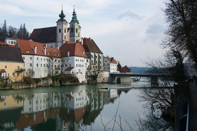 During this walking tour, you will get to see some of the most popular tourist attractions of Steyr along with a local- professional guide who will be exclusively with you.<br><br>The walking tour would last for about two hours and can be customized accordingly to your taste and preferences.<br><br>The tour timings are flexible and can be amended depending upon availability.<br><br>In case of any special request, please do let us know and we would try our best to accommodate accordingly.