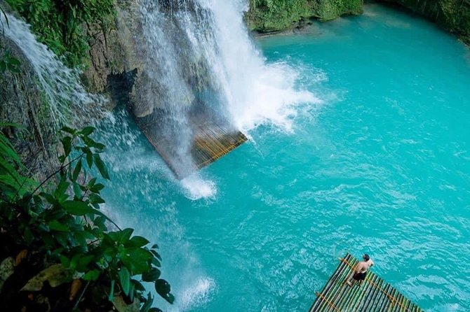Escape the city hustle for a day of hidden tropical adventures in this Kawasan Falls day tour. Kawasan Falls is one of the most popular waterfalls in Cebu and is located in Barangay Matutinao, Badian