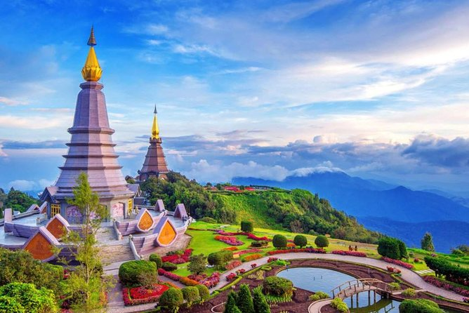 Pick up time: 08.00 - 08.45am and Drop off: 6.00 - 06.30pm<br><br>- Be escorted by our professional and friendly Tour Guide<br>- See the Twin Pagodas (The King and The Queen pagoda)<br>- Visit highest spot in Thailand (Roof of Thailand) take a short walk by the nature trail<br>- Be in awe of the Wachiratharn Waterfall's (Diamond waterfall) beauty<br>- Visit White Karen Hilltribe Village (Not Long Neck) and Hmong market where you can see a lot of products from the Royal projects.<br><br>This tour is including everything; Insurance, Lunch, Guide, Admision fees, Round trip transportation (Minivan with air-con) so it means you don't have to pay anything more :D<br><br>** Small Group; not more than 12 people **<br><br>**** Note: 08.00 - 08.30am start picking up guests from hotel in the old city first, then move to other area. If you are outside of town, please allow more time for pick up. ****<br><br>Free pick up & drop off for any hotel from/to Chiang Mai City centre (not more than 2.4 km away from the old city).