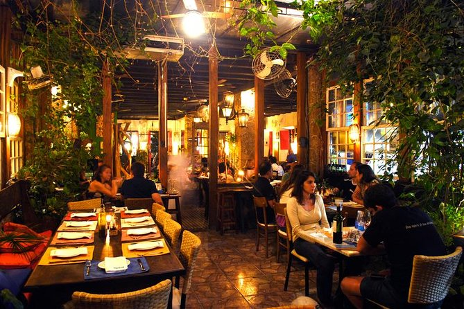 MÁS FOTOS, Dining Experience with Brazilian Live Music + 01 caipirinha