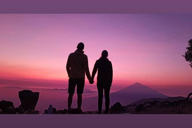This exciting trip for you . by exploring west java start from bandung up to pangandaran beach (border central of java) you will visiting the best places with real Indonesia culture, panorama, etnis etc .by our best experience and profesional guide we will stop and visiting very recomended places as the most active vulcano, best sunrise spot , traditional village, hiking, tracking,tubing,canyoning etc and than we use country side way, that all will give you full of best travel experience in java with full of surprise, enjoy every secon day ,then take memory home you will never forget. <br>Note: this tour go minimum 2 person. contac us for more info and question by whats app/email before you booked