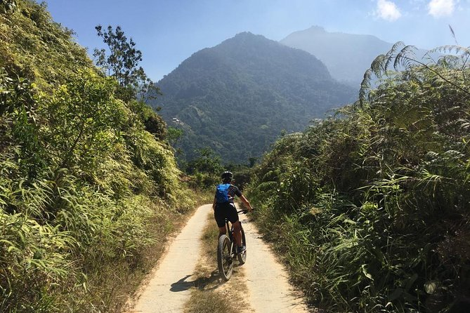 The routes we offer are Enduro/All Mountain routes that are aimed at the experienced mountainbiker that doesn't just seek the thrill of a downhill ride but also wants to face the challenge of the ascent. A great way to really experience the beauty of this area and a good exercise at the same time.